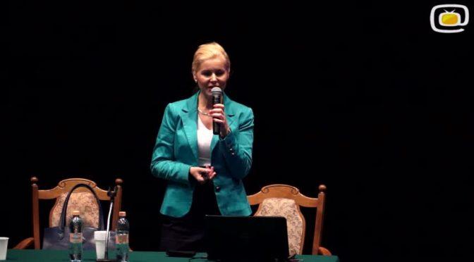 Wykład dr Iwy Jonik na temat niezwykłej witaminy C